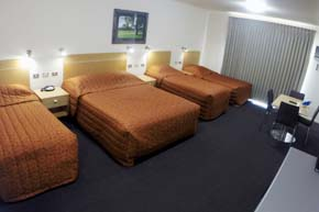 Queen & 3 Singles Room at cluBarham Motel
